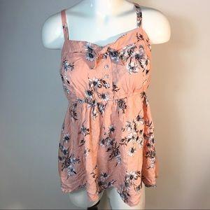 Torrid Women's sz 0 floral top blouse